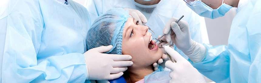 cirurgia dental